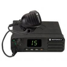 Автомобильная радиостанция Motorola DM4401